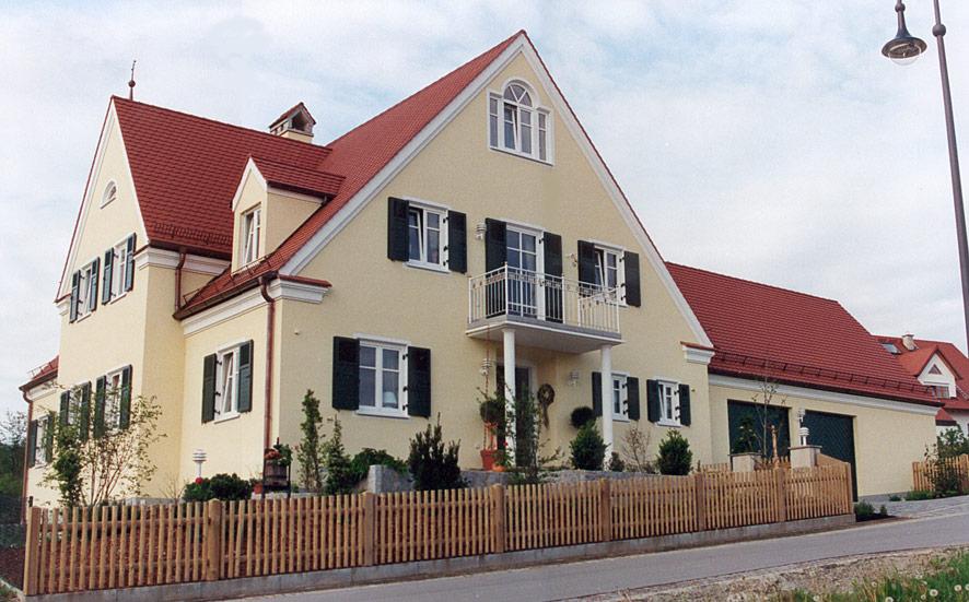 Referenzen des bautr gers kraus wohnbau baugesch ft for Moderner baustil einfamilienhaus